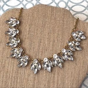 Jewelry - Chic Clear Crystal Short Bib Statement Necklace
